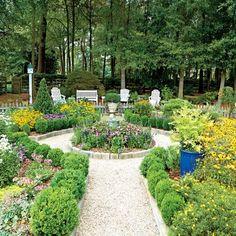 Inspiring North Carolina Garden: The Fiormal Parterre Garden