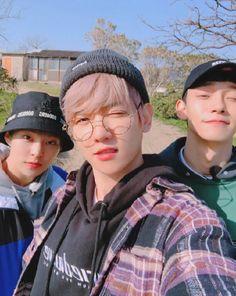 Exo cbx xiumin, baekhyun and chem Kai, Exo Ot12, Chanbaek, K Pop, Kdrama, Baekhyun Chanyeol, Exo Chen, Exo Exo, Kim Minseok