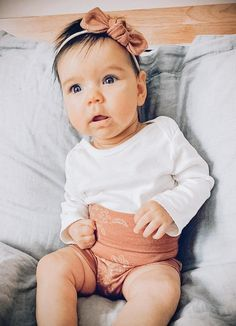 Welcome to DudisDesign!  This adorable baby outfit set features chic high waisted bummies with a matching top knot headband and a tiny knot headband – so you have lots of styling options! It is stylish for your baby and makes a great gift that anyone can be proud to give to a lucky mom and baby. #babyfashion #babyshowergift #cominghomeoutfit #cutebabyclothes
