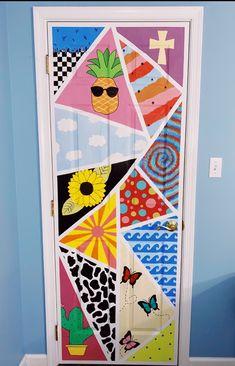 just a lil bit of quarantine boredom ! Cute Canvas Paintings, Easy Canvas Art, Small Canvas Art, Mini Canvas Art, Painted Bedroom Doors, Painted Doors, Bedroom Wall Collage, Bedroom Art, Hippie Painting