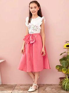 Girls Elastic Waist Bow Front Flare Skirt – Kidenhouse Belted Dress, Dress P, Flare Skirt, Midi Skirt, Cute Young Girl, No Frills, Elastic Waist, Bows, Girl Skirts