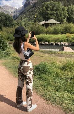 May 2020 - cow print pants white slimming pants high waist cow prints pants aesthetic straight pants street styles Mode Outfits, Retro Outfits, Trendy Outfits, Summer Outfits, Fashion Outfits, Fashion Skirts, Winter Outfits, Fashion Tips, Aesthetic Fashion