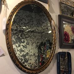 Gather for your Gothic Glam Wall Gallery! Mirror Panel Wall, Mirror Effect, Diy Mirror, Mirror Art, Distressed Mirror, Antiqued Mirror, Mirrored Picture Frames, Furniture Painting Techniques, Old Mirrors