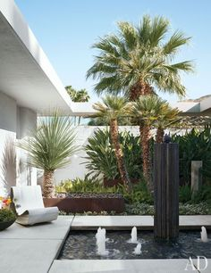 Emily Summers's California Desert Retreat : Architectural Digest Palm Springs, Tabletop Fountain, Indoor Fountain, Fountain Ideas, Indoor Outdoor Living, Outdoor Areas, Architectural Digest, Architectural Services, Midcentury Modern