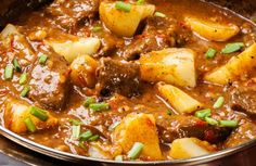 Warm up with this comforting and rich Hearty Beef Stew recipe perfect for a chilly evening! Hearty Beef Stew, Beef Stew Meat, Puff Pastry Recipes, Romanian Food, Healthy Salads, Soups And Stews, Crockpot Recipes, Entrees, Meal Planning