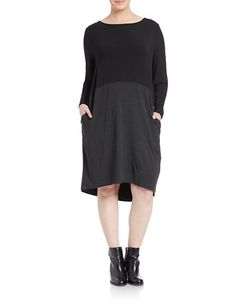 "<ul> <li>Modern hi-lo silhouette, crisply colorblocked</li> <li>Ballet neck</li> <li>Long sleeves</li> <li>Side slit pockets</li> <li>Hi-lo hem</li> <li>Pullover</li> <li>About 43"" from shoulder to hem</li> <li>Viscose/spandex</li> <li>Machine wash</li>	 <li>Imported of Italian yarn </li> </ul>"