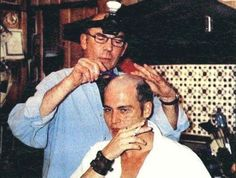 """Hunter S Thompson shaving Johnny Depp's hair for the film """"Fear and Loathing in Las Vegas"""". It was done in Hunter S Thompson's kitchen and Johnny Depp refused to look in a mirror whilst it was being. Hunter S Thompson, Fear And Loathing, Johny Depp, Nerd, Mae West, Jane Russell, Gene Kelly, Scene Photo, Dita Von Teese"""