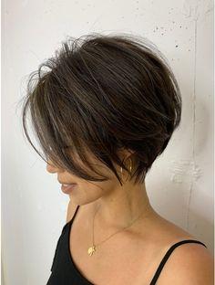 Short Hair With Layers, Short Hair Cuts For Women, Medium Hair Styles, Short Hair Styles, Short Grunge Hair, Eva Hair, Short Bob Haircuts, Hair Affair, Cut My Hair