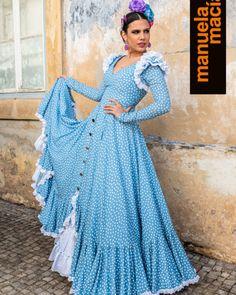 spanish style acoustic guitar songs - Mediterranean Home Decor Products - internationally inspired Flamenco Costume, Flamenco Skirt, Spanish Dress, Spanish Style, Retro Fashion, Fashion Show, Fashion Design, Pin Up, Spanish Fashion