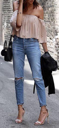 beautiful ootd blouse + heels + ripshttps://fashionforpassion2016.wordpress.com/2017/07/01/prom-makeup/