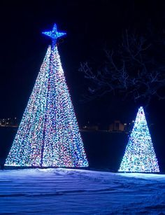 30 great places to see holiday lights