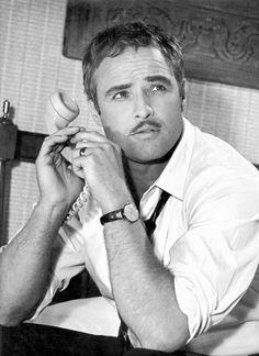 Marlon Brando,Su excelencia el embajador(Universal Studios, 1963), photo by Leo Fuchs