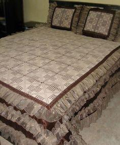 Dantel yatak örtüsü ve şeması http://www.canimanne.com/dantel-yatak-ortusu-ve-semasi-3.html