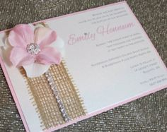 EMILY: Kraft and Lace Wedding Invitation par peachykeenevents