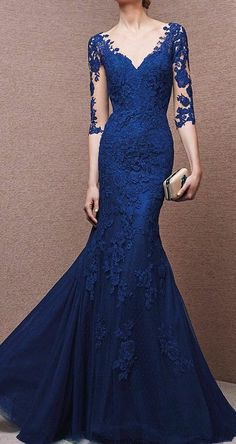Long Sleeve evening gowns for the mothers of the wedding. This blue lace evening… Langarm Abendkleider für die Mütter der Royal Blue Evening Dress, Royal Blue Prom Dresses, Blue Evening Dresses, Mermaid Evening Dresses, Cheap Prom Dresses, Formal Dresses, Lace Dresses, Formal Prom, Dresses 2016
