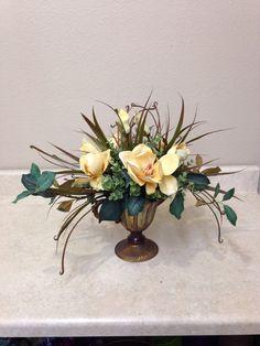 Small magnolia arrangement