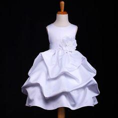"""Φορέματα για Παρανυφάκια - Επίσημα Φορέματα για Κορίτσια :: Αμάνικο Παιδικό σε ΛΕΥΚΟ Σατέν Φόρεμα με Συνοδευτικό Ζώνη, Λουλούδι & Πισινό Φιόγκο, """"Pandora"""" - http://www.memoirs.gr/"""