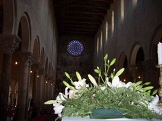 The interior of the romanesque Cathedral in #Todi