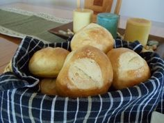 No-Knead Artisan Dinner Rolls (Four Ingredients. No Yeast Proofing. No Mixer. No Kneading) No Knead Bread, Pan Bread, Bread Baking, Bread Pizza, Yeast Bread, Artisan Bread Recipes, Easy Bread Recipes, Cooking Recipes, Veg Recipes