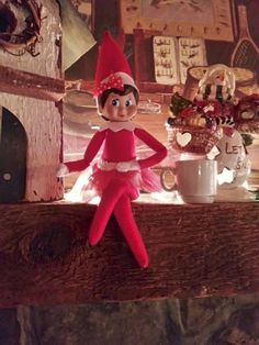 Sparkle elf....well of course she has a bow! And tonight we gave her a cup of hot chocolate...