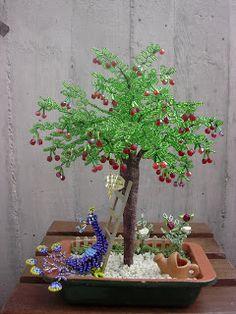 Bonsai ciliegio con pavone