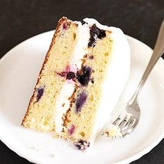 A gluten free lemon blueberry cake with lemon buttercream filling, topped with a rich lemon glaze, and all the freshest ingredients. Gluten Free Treats, Gluten Free Cakes, Gluten Free Baking, Gluten Free Desserts, Gluten Free Recipes, Gourmet Recipes, Dessert Recipes, Gf Recipes, Recipies