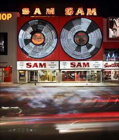 Sam the Record Man. Toronto Canada. Neon Art//Neon LOVE!!!