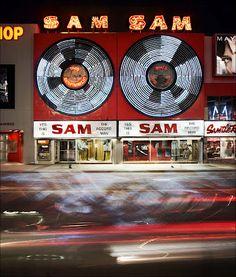 Sam the Record Man. Toronto Canada. Neon Art//Neon LOVE!!!