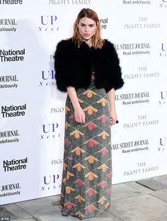 Pose: As she made her way into the South Bank venue, she posed for photographers outside... Billie Piper, Lily James, National Theatre, Lace Skirt, Glamour, Poses, Peter Capaldi, Photographers, Dresses