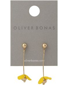 Suspended from gold-toned stud backs, these drop earrings are anchored by metallic bars and yellow rubber-coated flowers for a vibrant finish. Yellow Daisies, Oliver Bonas, Daisy, Place Card Holders, Drop Earrings, Metal, Birthday, Gold, Jewelry