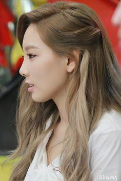 SNSD, Girls Generation TaeTiSeo Taeyeon