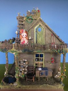 My fairy house dollhouse miniature project with Petite Blythe models. Thanks for looking! :)