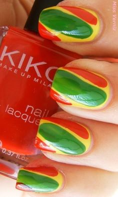 Red Green Yellow, Green Colors, Light Colors, Classic Nails, Traffic Light, Trendy Nails, Portugal, Ethnic Recipes, Yellow