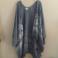 Mossimo Grey Aztec Cardigan Only worn one time! Great Condition!! Mossimo Supply Co Sweaters Cardigans