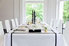 Ein atemberaubendes Style Shooting für eine Hochzeit in Schwarz, Weiß und Gold   Friedatheres   Foto: Fotodesign Hester