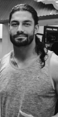 Joe Anoa'i what a handsome guy Joe Anoa'i is that cute smile he has always has… Roman Reigns Shirtless, Roman Reigns Smile, Wwe Roman Reigns, Wwe Reigns, Roman Reighns, Reign Over Me, Wwe Superstar Roman Reigns, Wwe Pictures, The Way He Looks