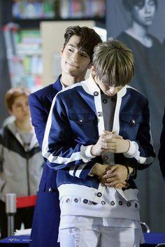 KNK's Seungjun and Jihun