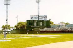 The scoreboard at KC Municipal, former home of the A' and came from Field in Boston. Baseball Scoreboard, Baseball Park, Baseball League, Baseball Field, Cincinnati Reds Game, Baseball Painting, Polo Grounds, Mlb Stadiums, Sports Stadium