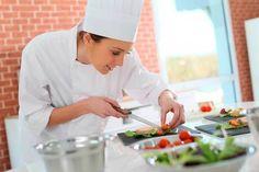 Gastronomía  Comercio y Negocios Int.  Mercadeo     Explorar  Técnico Profesional en Gastronomía - Politécnico Internacional
