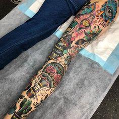 What a rad leg sleeve by 😍😍😍 – Piercings 2020 Full Leg Tattoos, Full Sleeve Tattoos, Sleeve Tattoos For Women, Traditional Tattoo Leg Sleeve, Traditional Tattoo Filler, Traditional Tattoos, Tribal Tattoos, Old Tattoos, Tattoos Pics