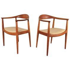 Pair of 1950s Round Chairs by Hans Wegner