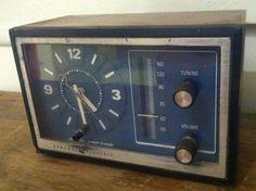 Vintage GE Model 7-4728A Walnut Grain Mini Tabletop Alarm Clock Radio by VINTAGERADIOSONLINE on Etsy