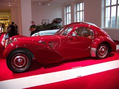 1938 Bugatti Type 57 SC Atlantic Coupé Maintenance/restoration of old/vintage vehicles: the material for new cogs/casters/gears/pads could be cast polyamide which I (Cast polyamide) can produce. My contact: tatjana.alic@windowslive.com
