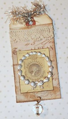 Scraps and Ink 25 Days of Christmas Tags - Metal Wreath