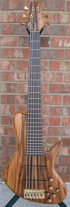 Benavente Guitars & Basses - Single Cutaway D-Style