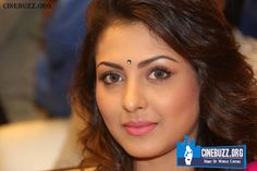 Madhu Shalini at Kalamandir Event