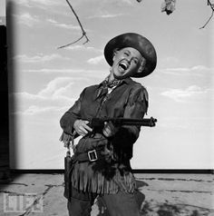 Doris Day in 1953.  A terrific singer and under-appreciated actress who was one of the biggest stars in the world in the 1950s and '60s, effectively dropped out of sight in recent years, and reportedly lives alone on a ranch in rural California. Click image to see more Famous Recluses.