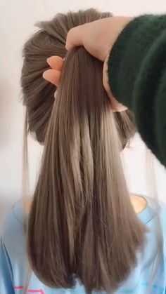 hairstyles for long hair videos - Frisuren - Cheveux Easy Hairstyles For Long Hair, Cute Hairstyles, Hairstyles Videos, Beautiful Hairstyles, Easy Ponytail Hairstyles, Hairstyle Hacks, Long Hair Easy Updo, Witchy Hairstyles, Hairstyle Tutorials