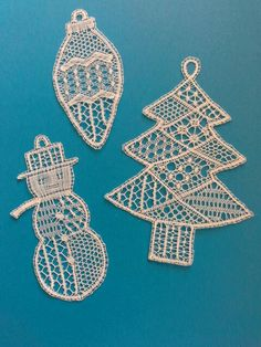Crochet Motif, Crochet Patterns, Bobbin Lacemaking, Bobbin Lace Patterns, Needle Lace, Lace Making, Christmas Tree Ornaments, Christmas Decorations, String Art