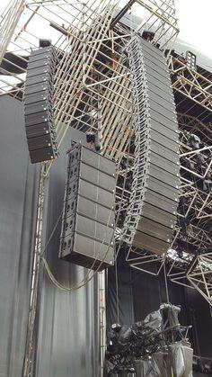 Stage Equipment, Pa Speakers, Audio, Sound Studio, Stage Set, Stage Lighting, Boombox, Loudspeaker, Live Music